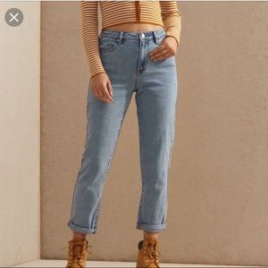 PacSun mom jeans size 23